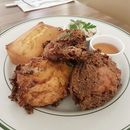 {Buttermilk Fried Chicken Plate}  For all you fried chicken fans out there...
