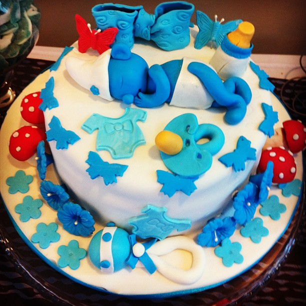 The Cute Baby Smurf Cake Vbariou Delicious C... (7/13