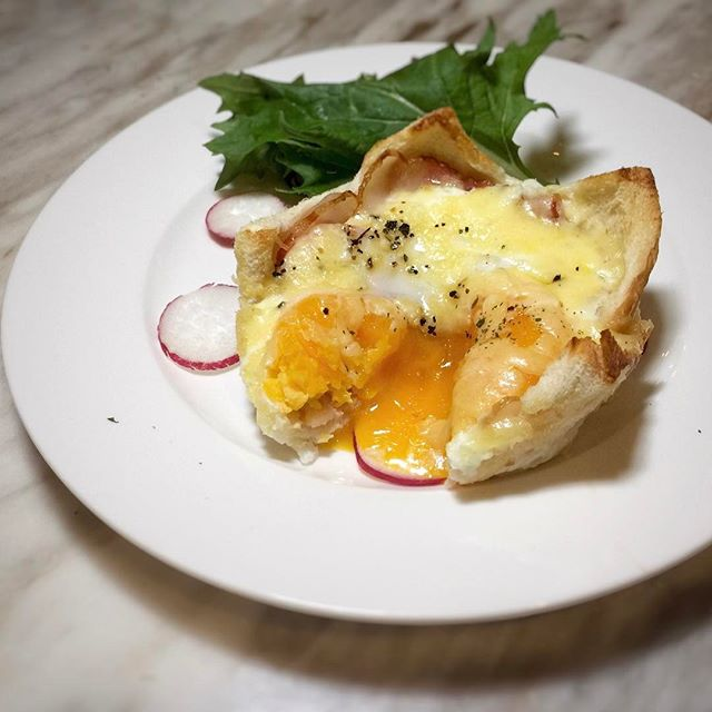 Egg Lava Toast Set —$8.90++ Afternoon Teabreak comes with a choice of drink.