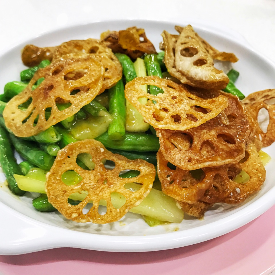 Snake Beans with Lotus Root ($12/$18/$24)