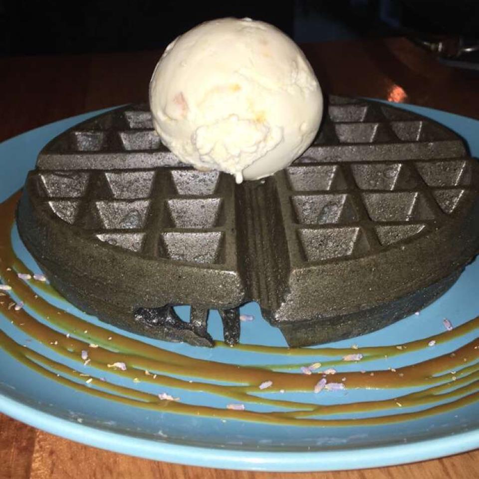 Holland Village Ice Cream Cake
