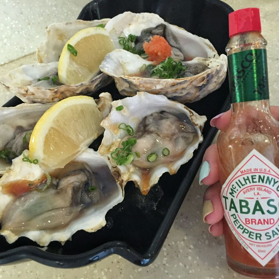 For $1.50 Oysters in Tiong Bahru