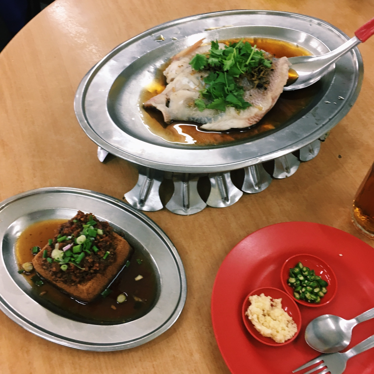 For Reliably Fresh Steamed Fish