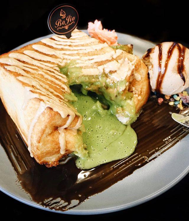matcha lava toast w earl grey ice cream