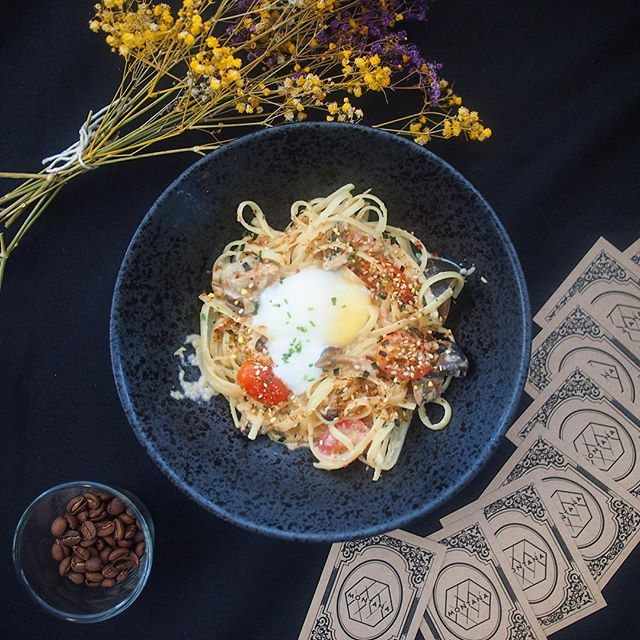 Each strand of the linguine was evenly coated in creamy brown butter sauce, and the generous serving of mushroom added a much-needed earthiness to the palate.