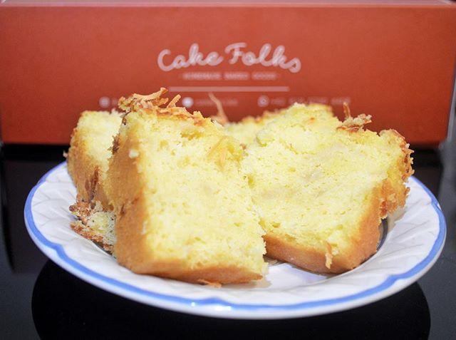 Thank you @cakefolks for the original tape (fermented cassava) cake!