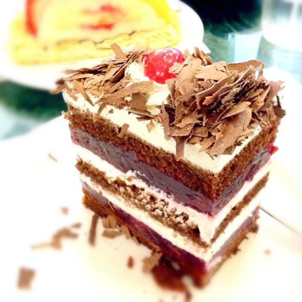 Acland Continental Cakes
