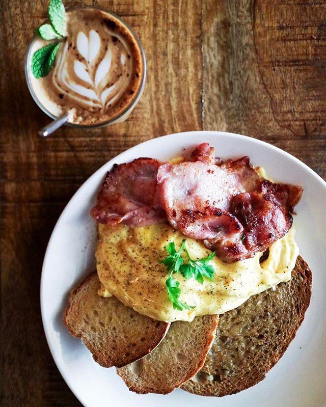 Dare I say best scrambled eggs in Singapore?