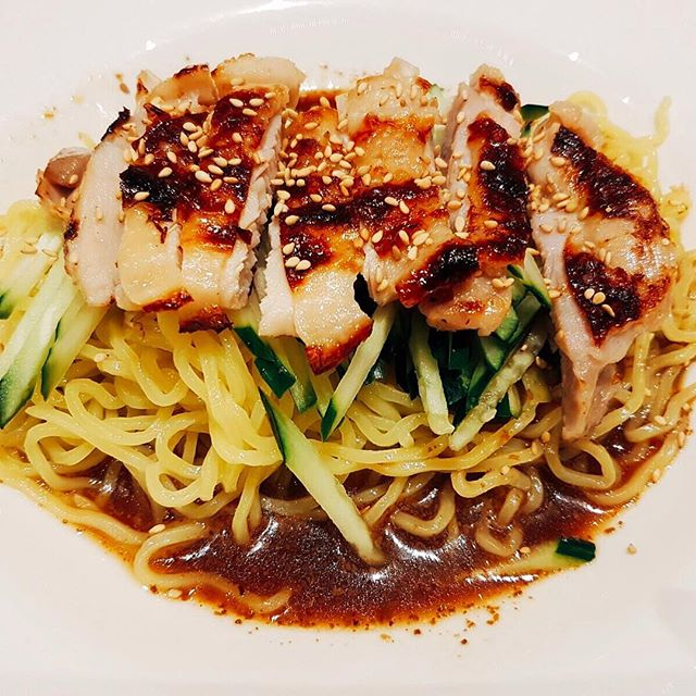 Grilled Chicken Cold Ramen with Sesame Sauce