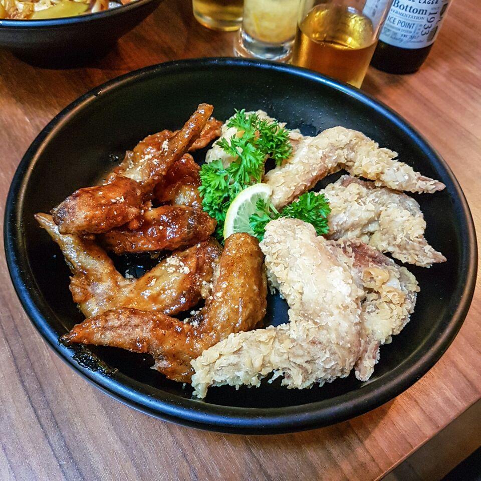 Original / Soy & Garlic Chicken Wings