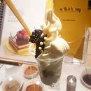 Milk & Honey (Raffles City)