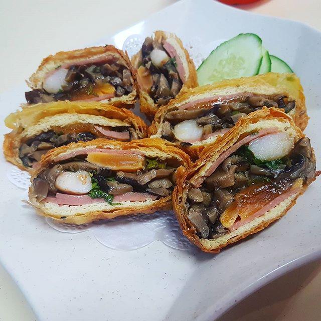 The special mushroom bun (MingZhu bun) is a must try!