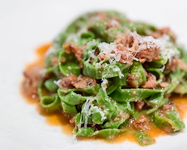 Spinach tagliatelle with duck ragu by the ex Osteria Mozza chef😋🍝 - Angeleno, Singapore #missneverfull_sg