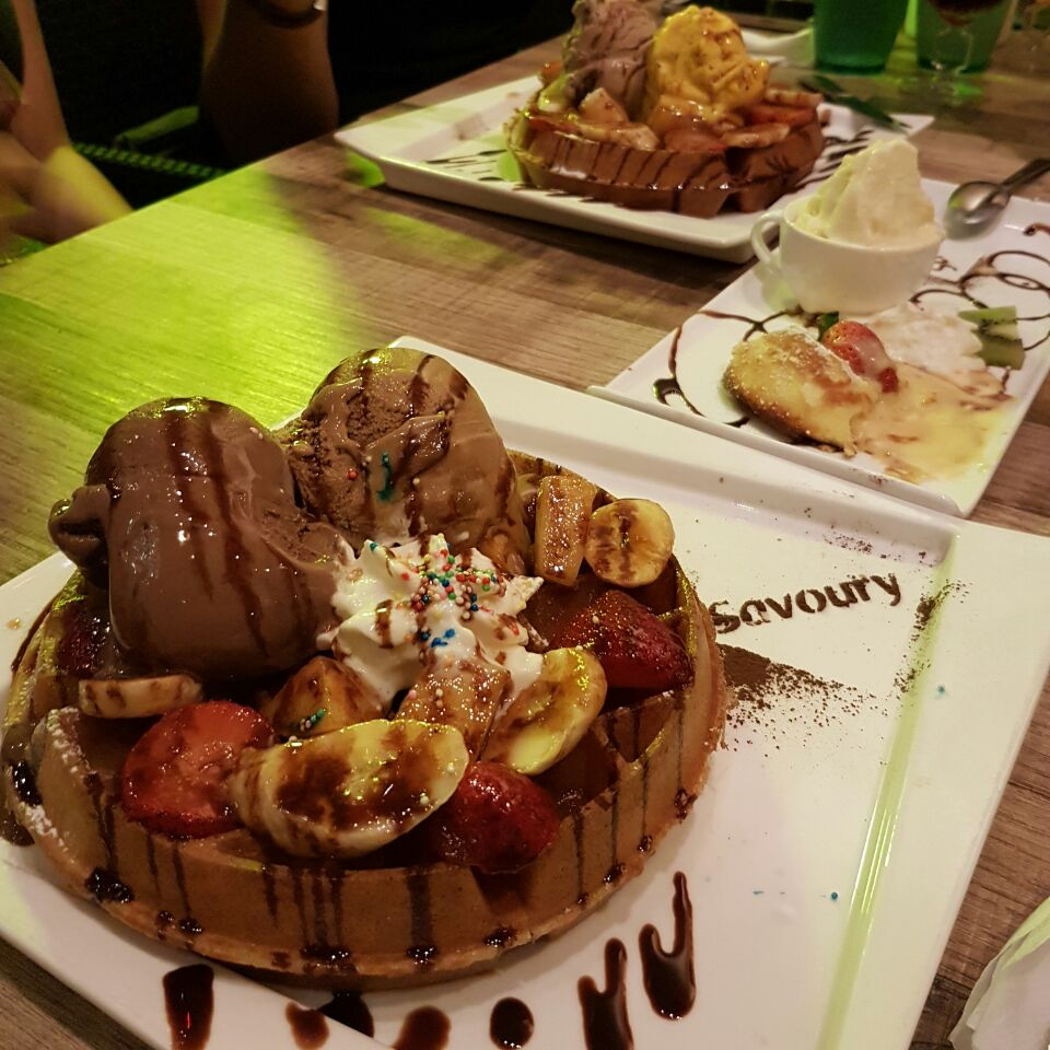 Ice Cream, Waffles And Lava Cakes