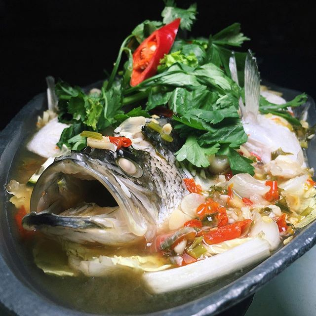 The Early Fatback: Steamed Seabass in Chilli and Lime Juice from Royal Thai Kitchen along Bedok Reservoir Road.