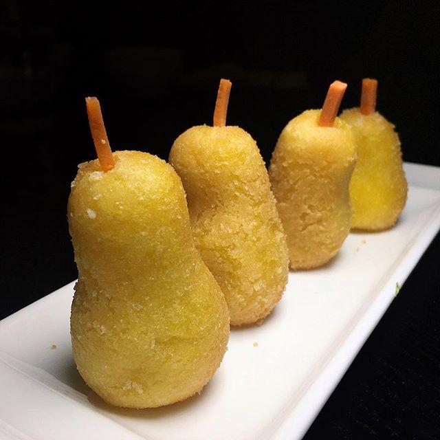 The Early Fatback: Golden Glutinous Rice Pear with Sweet Bean Paste from Tian Bao Szechuan Kitchen at Takashimaya.