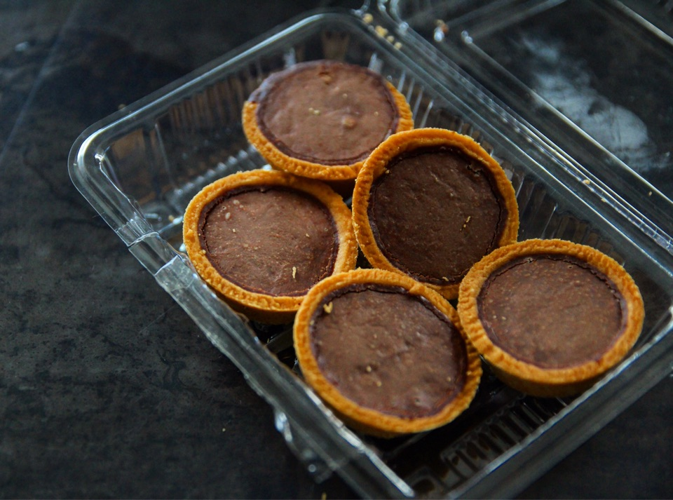 Severely underrated chocolate tarts