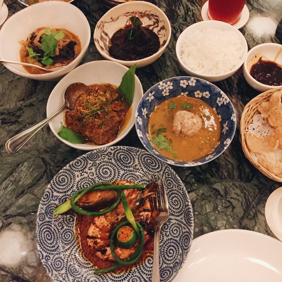 Taster Set Menu ($88++), Shellfish Bisque, Chap Chye, Ngo Hiang, Wok And Curry Dishes