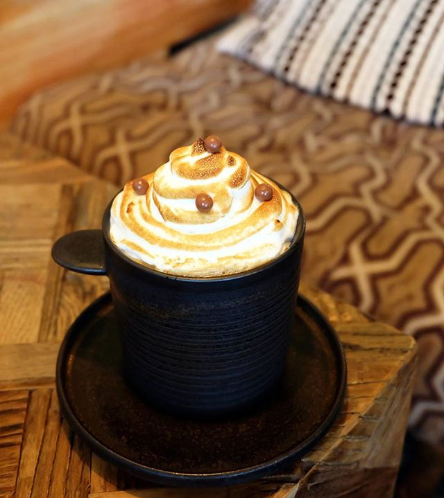 Chasing my blues away with a cuppa meringue-capped coffee!