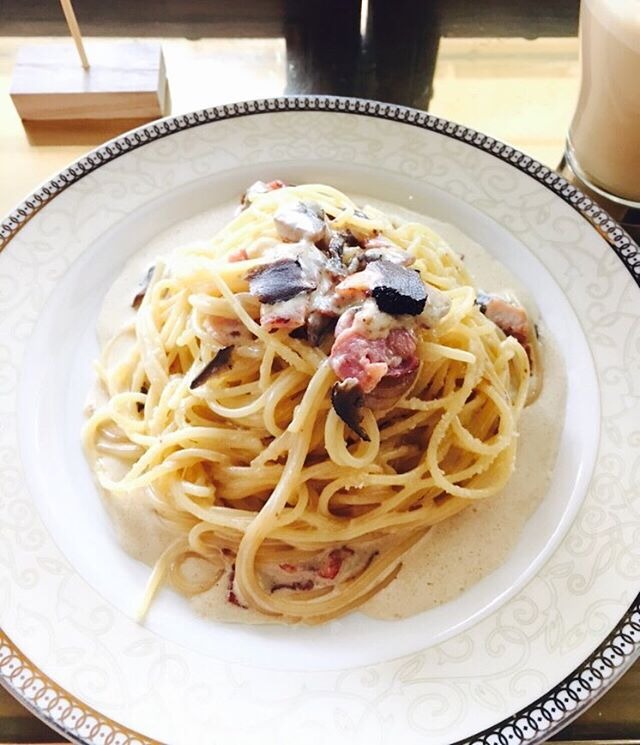 sent via @latergramme black truffle carbonara!