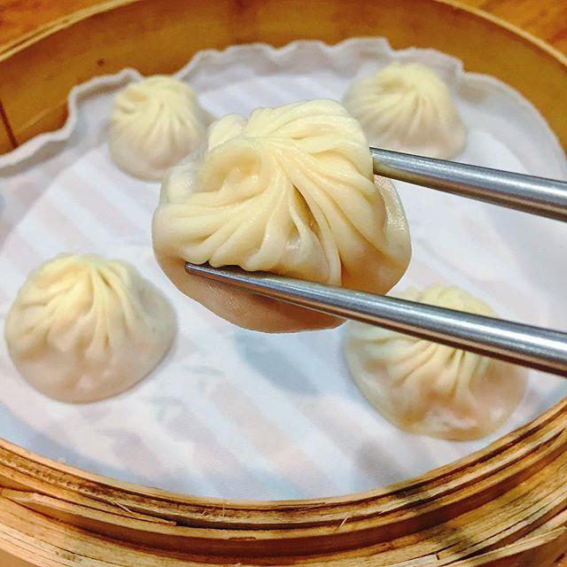 Xiao Long Bao (NT$105 for 5), my must-visit in Taiwan.