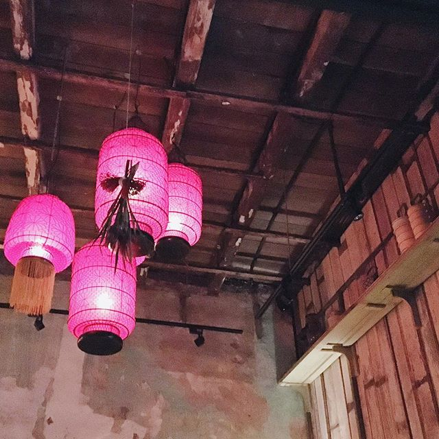 New speakeasy in Chinatown🏮🏮🏮 It's not officially launched yet but was already very packed - So be sure to make reservation before u drop by!