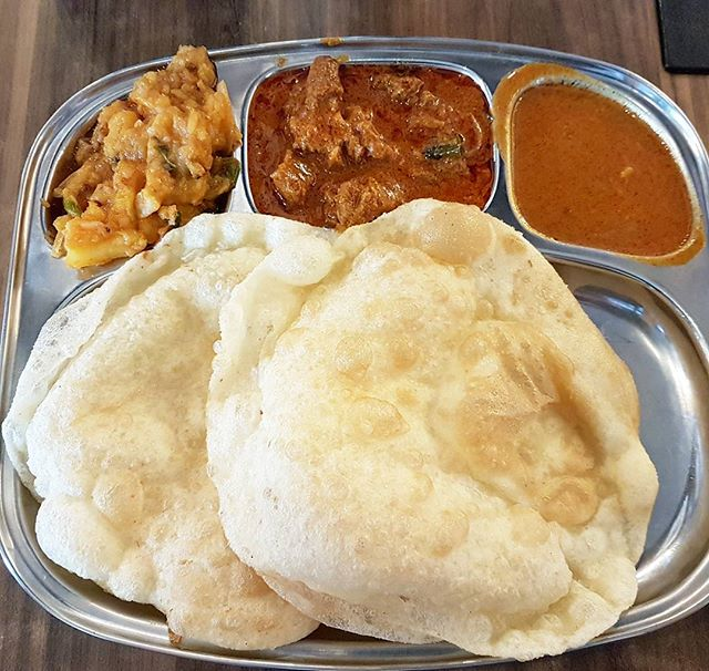Puri With Mutton Mysore & Masala Potato (SGD $6) @ Srisun Express.