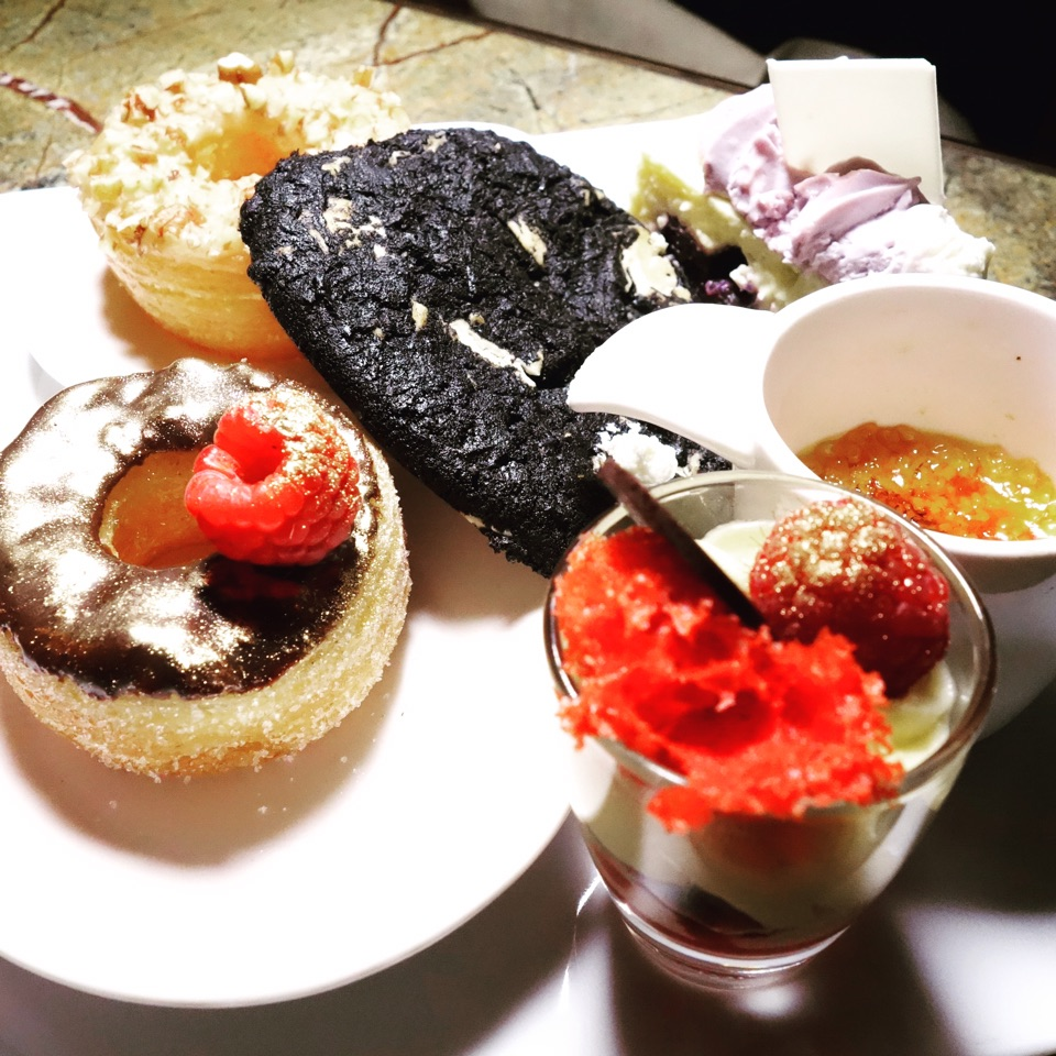Assorted Desserts • S$150++ per Pax For Cocktail Brunch