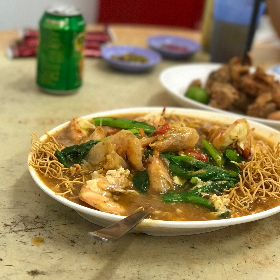 Big Prawns Crispy Noodle ($16/32/48)