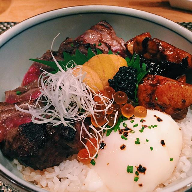 [SG] the premium donburi ($98) at fat cow is what celebratory dreams are made of.