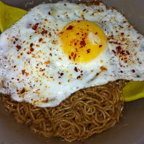 how to make egg fried maggi