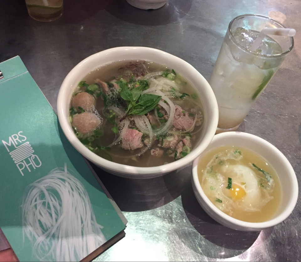 MRS.PHO-special beef pho-