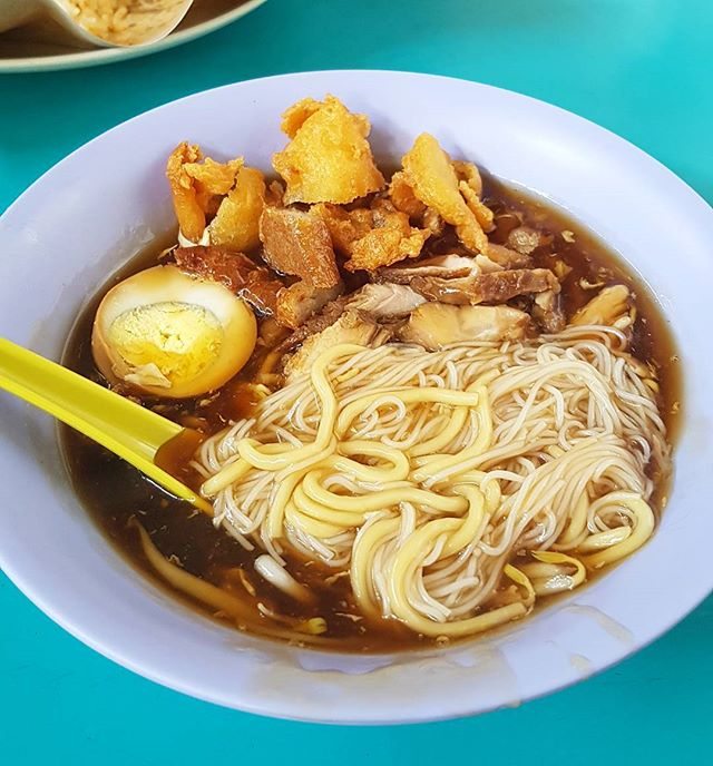 This bowl of Lor Mee only costs S$3!