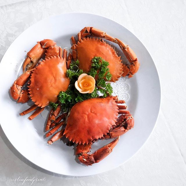 Signature Cold Crab (seasonal price, $31 each at time of writing).