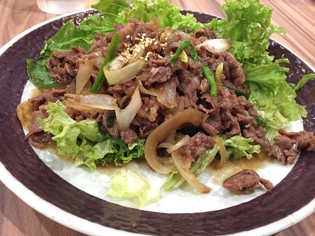Sweet and savoury Beef Bulgogi from @bonchonsg for lunch today, what are you guys having today?