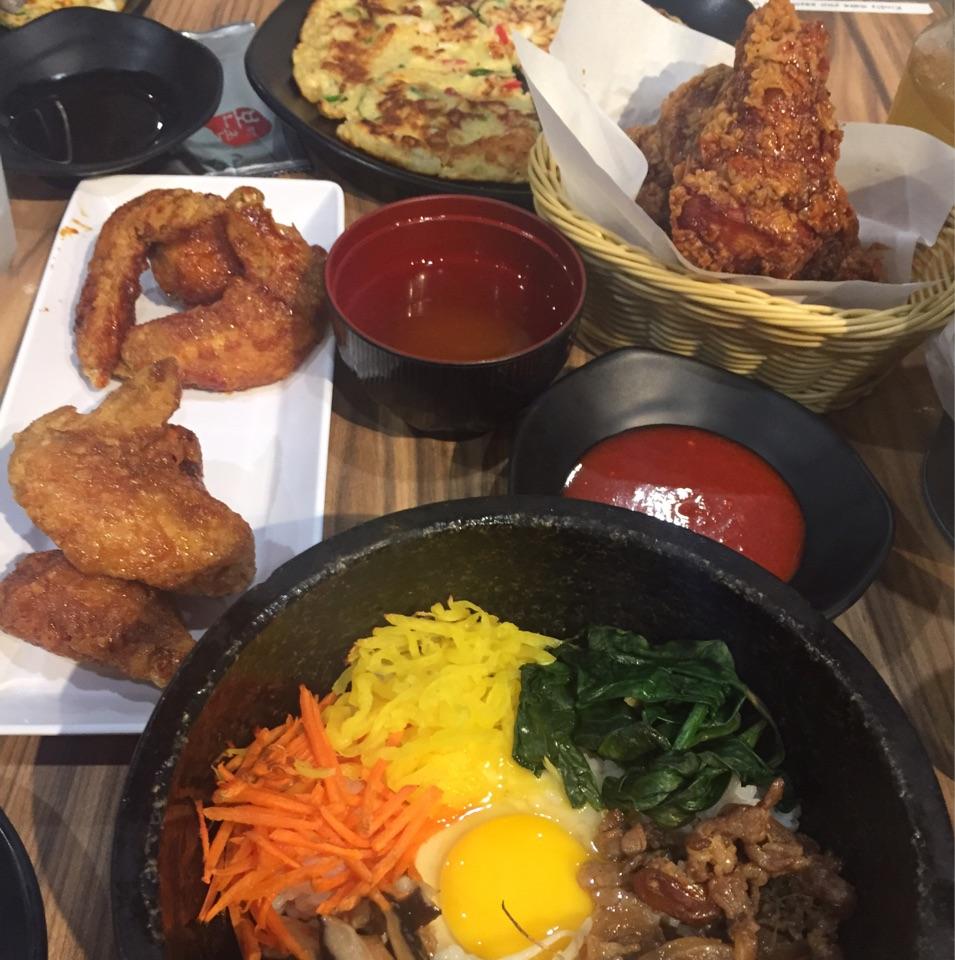 Golden-glazed Korean Wings