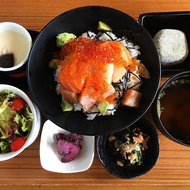 My weekly dose of sashimi.