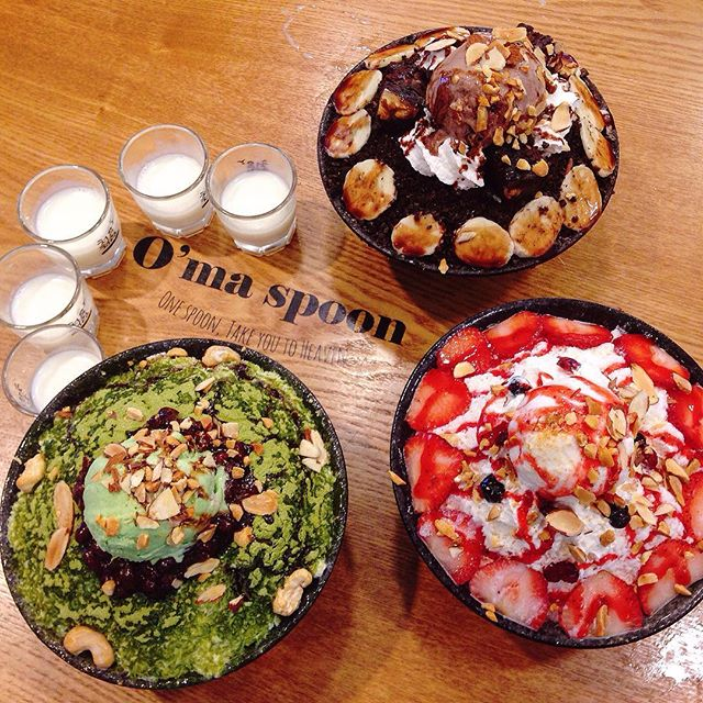 😍😍😍 I love the green tea with red beans ($15.90) but the chocolate brownie bingsu ($18.90) was the crowd favourite.