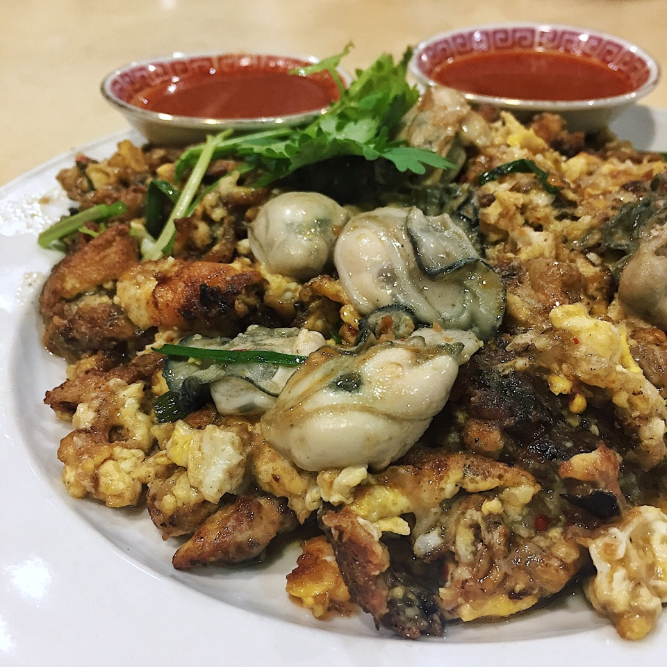 Lim's Fried Oyster ($5/$8/$10)