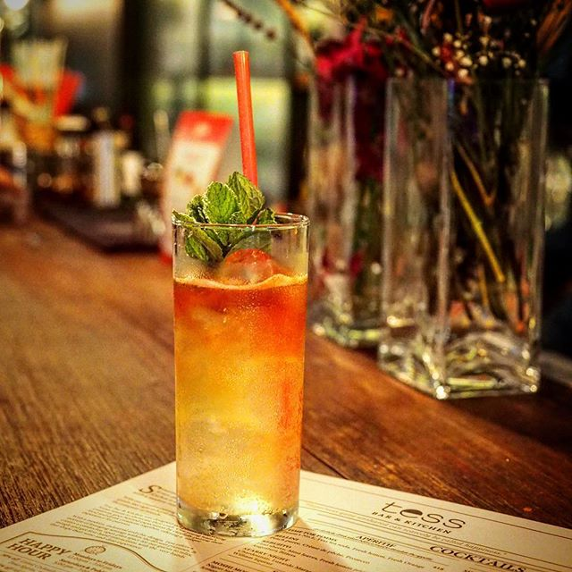 New 🍹 Cocktail @tessbarsg by @boojingheng @zackleezhangan 👍🏾I'm missing their sambal squid 🤤🤤🤤 #latergram .