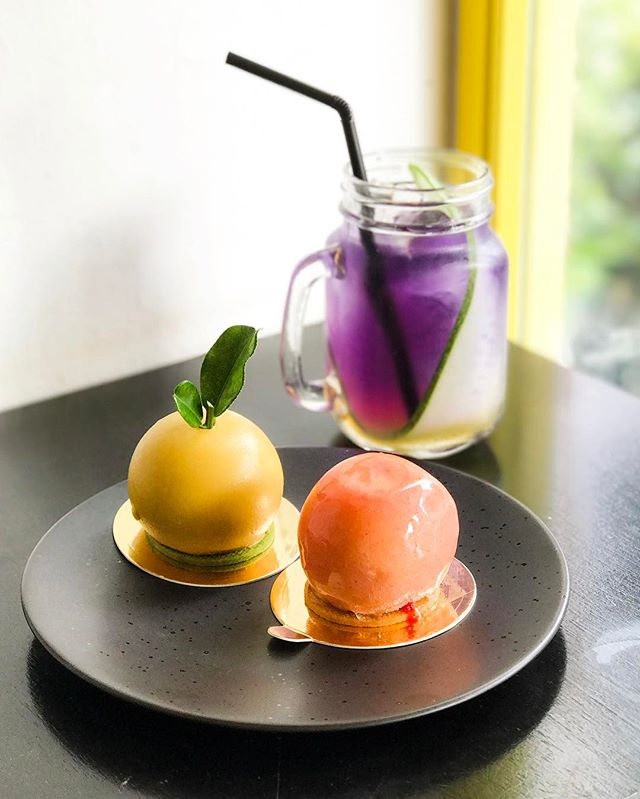 """Non Entrée Dessert Cafe - Hosted Tasting - """"Urban Garden"""" Themed Desserts - Peach (💵S$9.90) Peach Mousse, Prosecco infused Peach Jelly, Raspberry violet & Yellow Peach."""