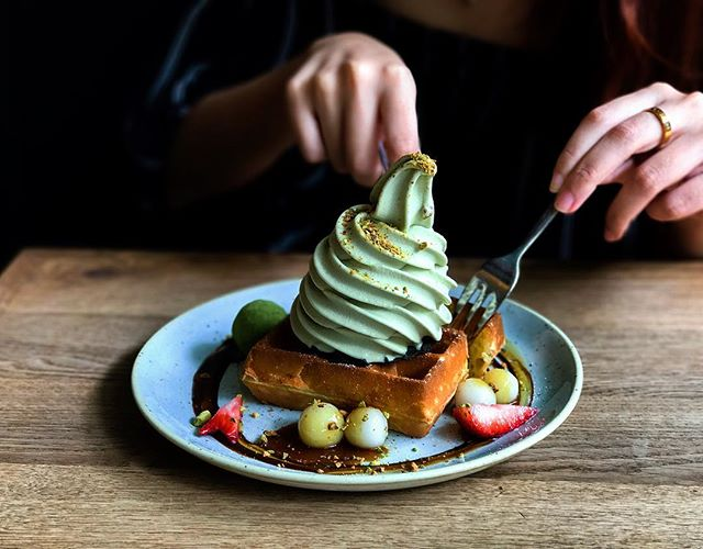 Sunday can't come any Faster @wearesunday Sunday Folks - Fresh Baked Waffles Petite (Single slice of Waffle) with Ice Cream (💵S$10 - 1 Topping, plus S$2 for each topping) 🥞 • I believe this place needs no further introduction.