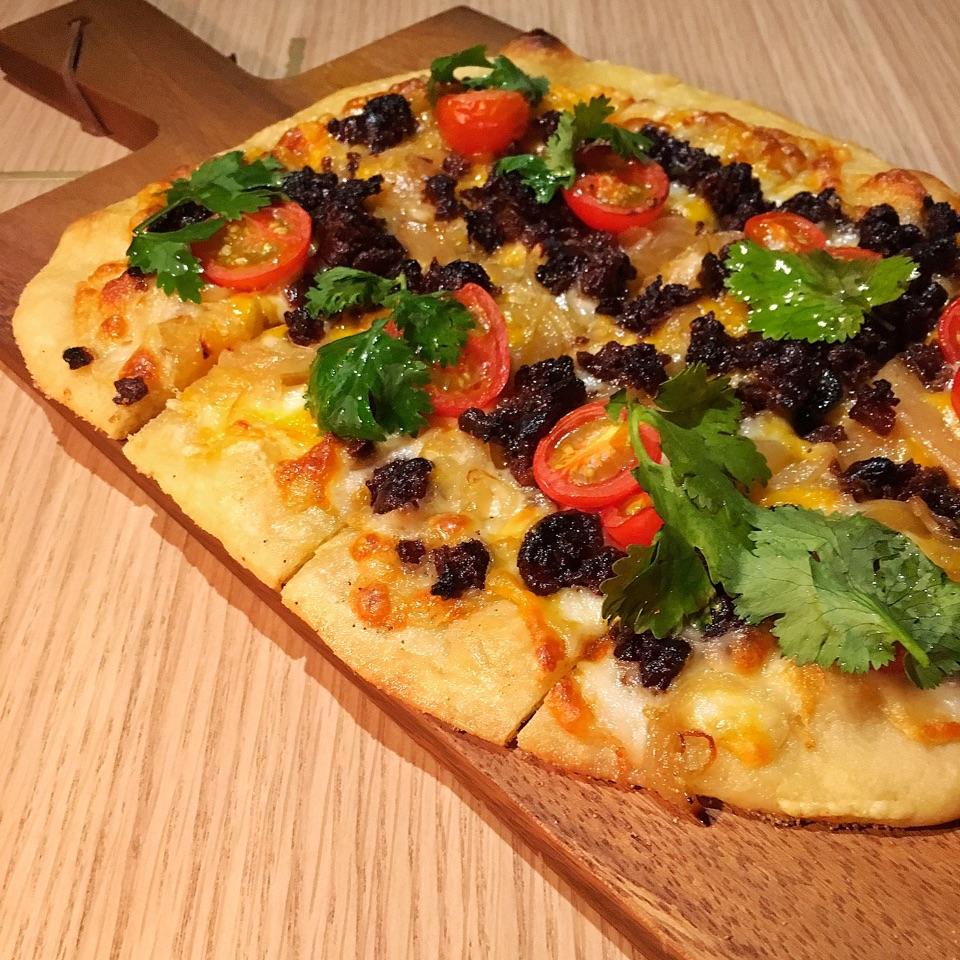 Yun Cheong Thin Crust Pizza