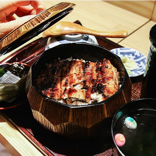 For those who are a fan of fresh Japanese unagi and have never had hitsumabushi before, this is something to check out!