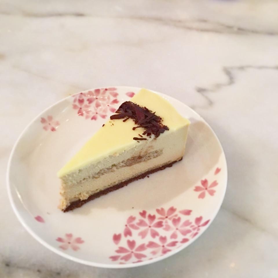 Earl Grey White Choc Mousse Cake