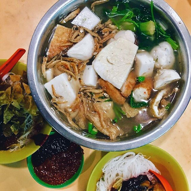 DAMN GOOD SUPPER 💯💯💯💯 it was a crazy 2 hours wait for this amazingly delicious yong tau foo (really best I've ever had)!!!!