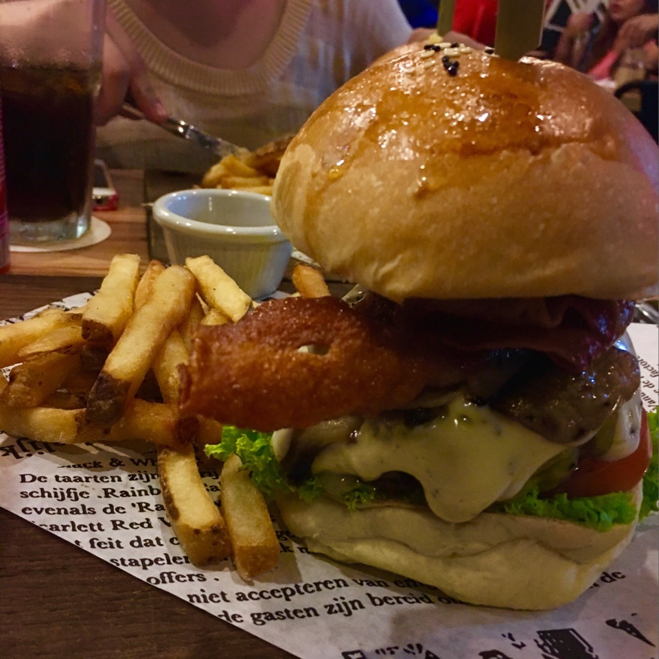 Burger Me Up