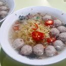 Famous soup Bak Chor Mee, some kind of a craving satisfied.