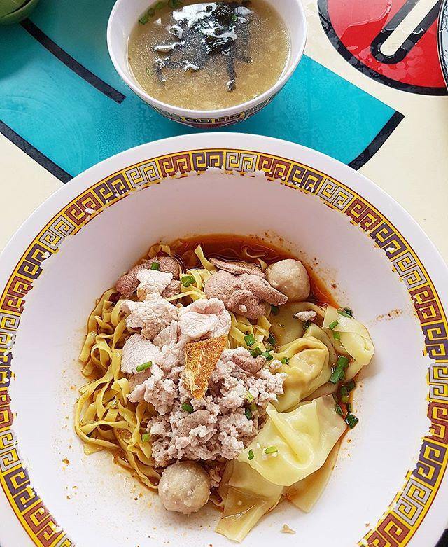 The famous teochew style bak chor mee which won the MICHELIN Star but prepare to Q as the crowd never stops!