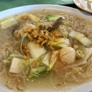 Woon Woon Pek Beehoon 稳稳白米粉 (Changi Village Hawker Centre)